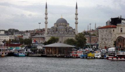 Стамбул. Между Востоком и Западом.