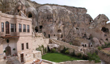 Хотите экзотики в путешествии? Пещерные отели Каппадокии ждут вас!