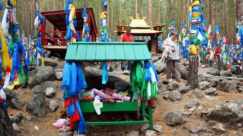 Колыбелька для кукол на месте проявления лика богини Янжимы, фото: http://prospekt-desires.ru/