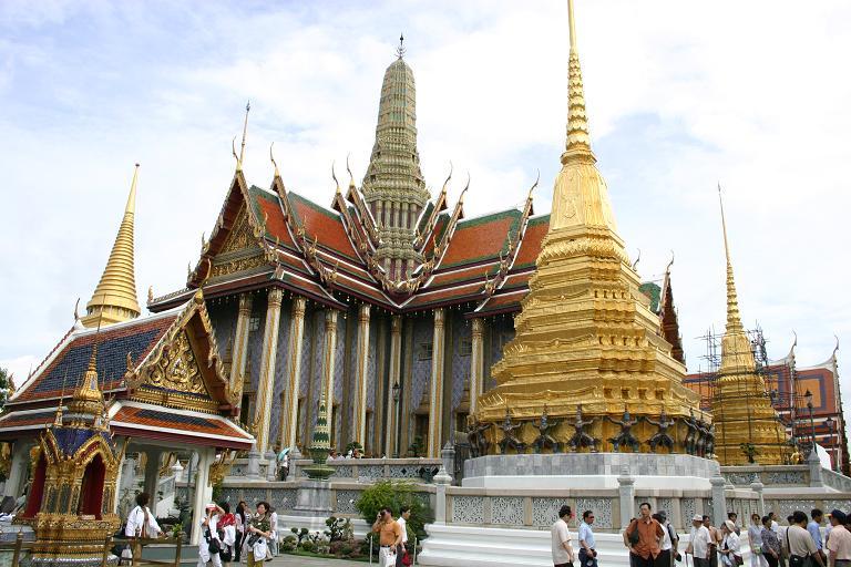 Дворец изумрудного Будды
