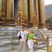 Святыня буддизма в центре Бангкока — королевский дворец и храм изумрудного будды!