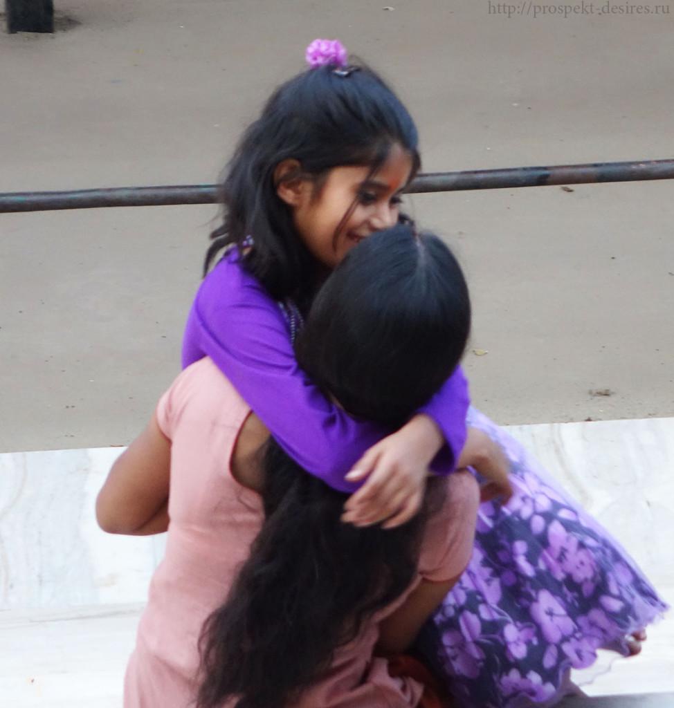 Мама и дочь Индия