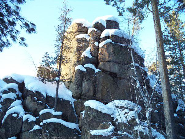 Скальник Идол Олхинское плато