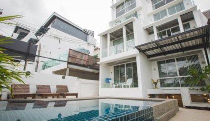 Дешевые отели Пхукета на пляже Патонг: личный опыт, плюсы и минусы.