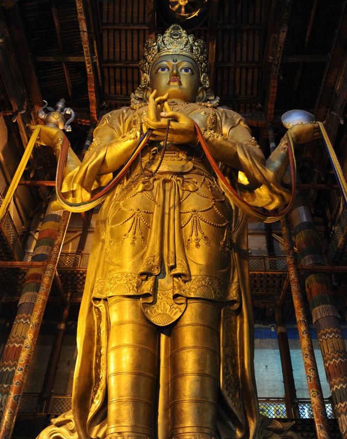26 метровая статуя Будды