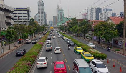 На чем перемещаться в Бангкоке: общественный транспорт, такси, цены за проезд