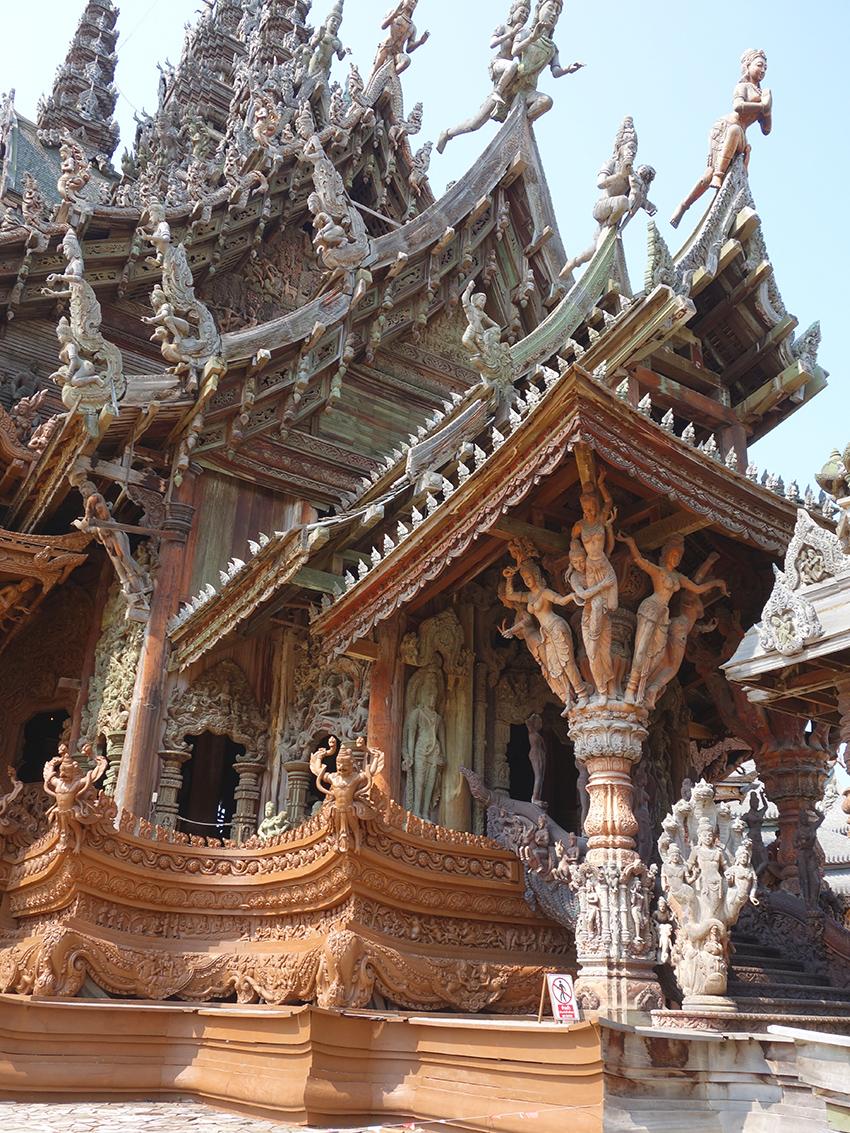 паттайя храм истины отели рядом