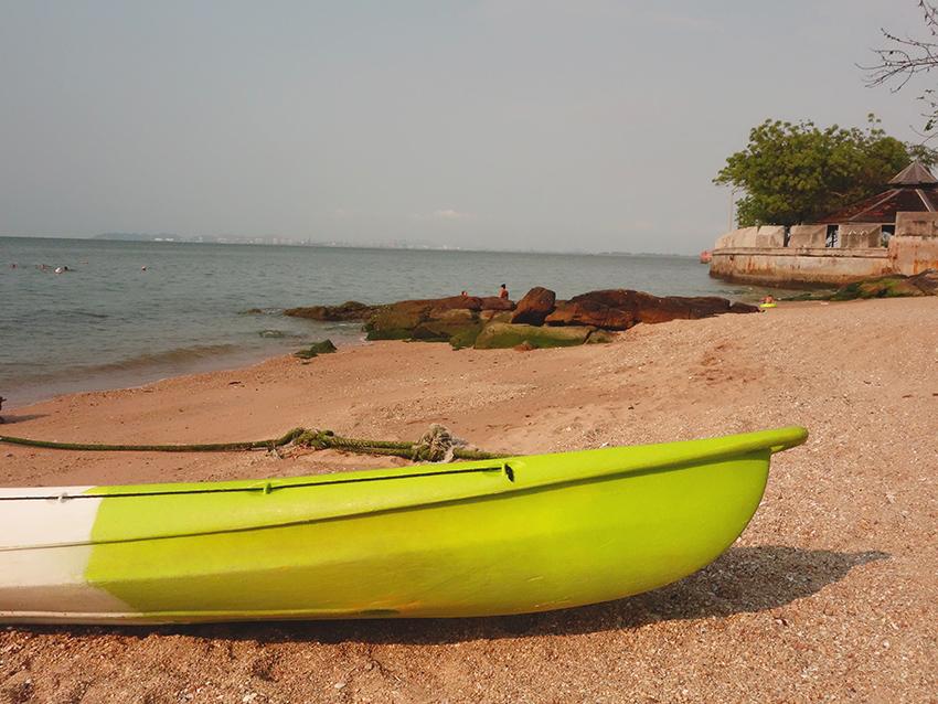 где чистый пляж в паттайе