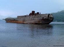 корабль в бухте витязь