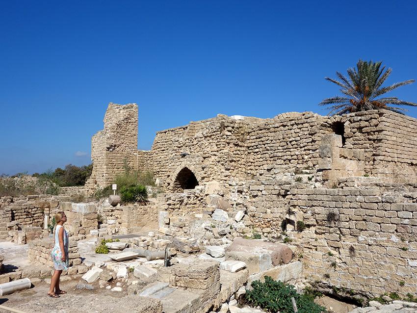 Кесария построена Иродом