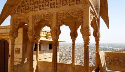 Золотой город Джайсалмер и великая пустыня Тар