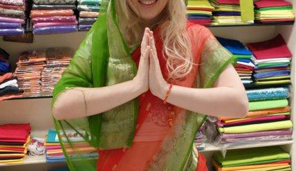 Что означает жест Намасте в Индии
