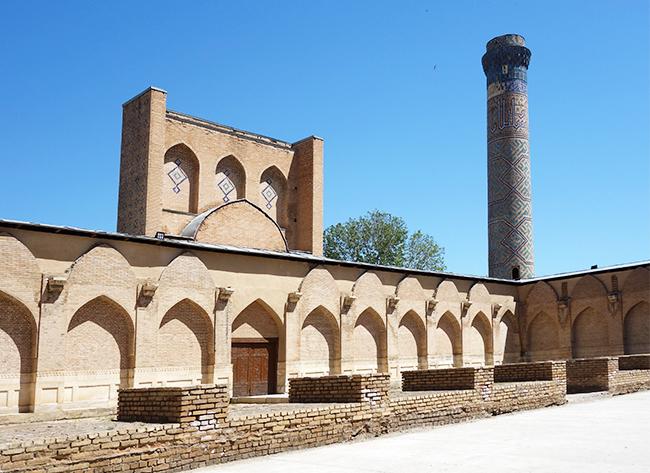 Внутренний двор мечети Биби Ханым