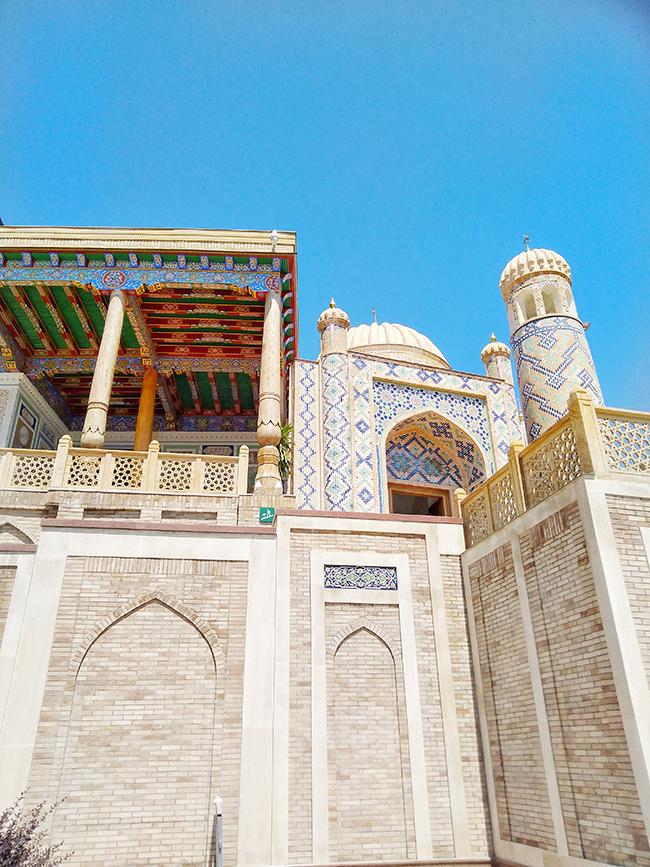 мавзолей президента Узбекистана