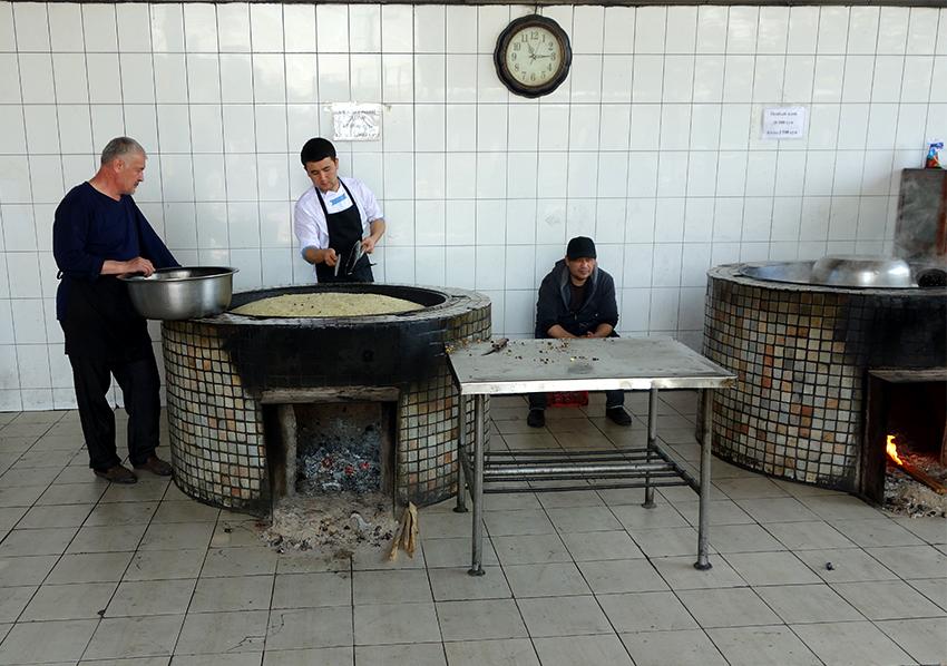 Центр плова в Ташкенте